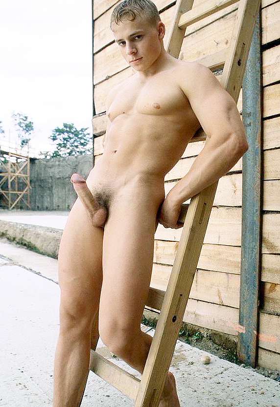 юноша фото голый