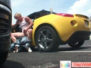 Blond dude gets ass fucked in car