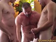 User_Uploaded_mormon_b-yz__33_.mp4