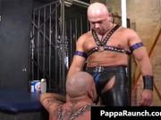 Kinky muscled dude getting slammed