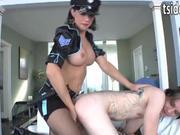 Ts cop Danika Dreamz anals a criminal