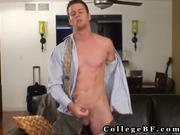 Muscled rc wanking his amazing cock