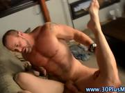 User_Uploaded_men__22_.mp4